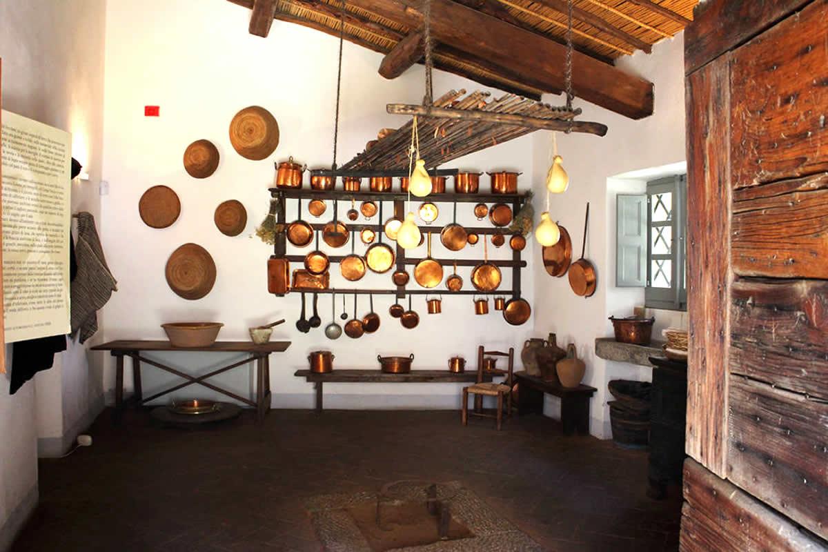 Il Museo Deleddiano Hotel Grillo Nuoro